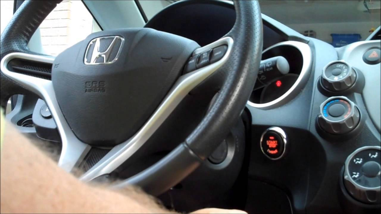 Push button start in a 2009 Honda Fit - YouTube