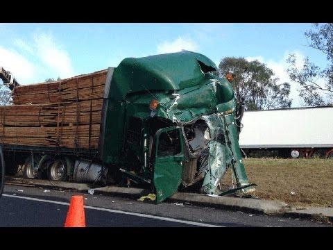 Car crash compilation 2014 (#41)