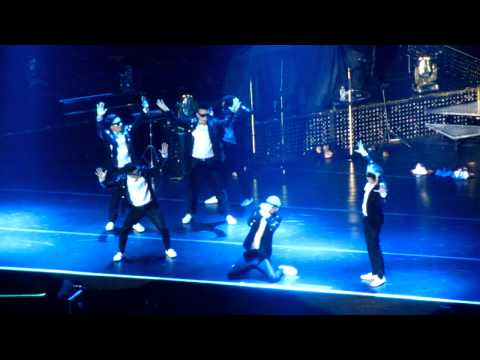 [fancam] 140322 Bruno Mars Moonshine Jungle Tour Manila - Poreotics video