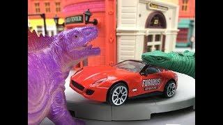 Automobile toys!Two Stegosaurus surrounded the car around.Kid toy video丨CW Toys TV