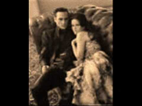 Johnny Cash and June sing Ring of Fire Music Videos