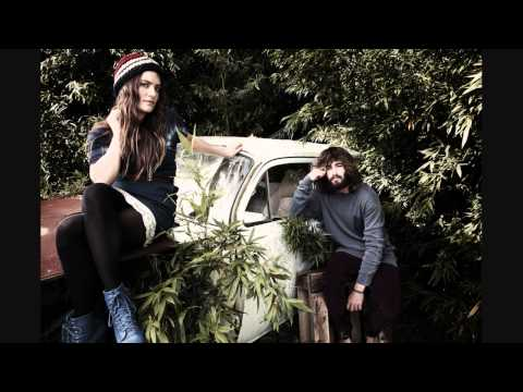 Angus & Julia Stone - Red Berries
