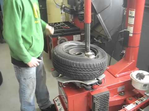 tire mount and dismount machine