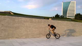 Bakhruz / Wallride to 180 / BMX