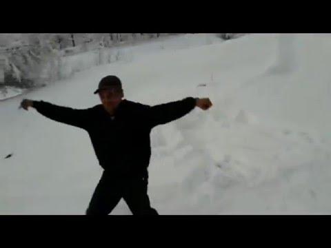 Горячие кавказские танцы в снегу/Hot Caucasian dances in the snow