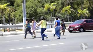 Em matéria do Sinttel no Ar, trabalhadores (as)  da Tel Centro de Contatos de Lauro de Freitas denunciam a dificuldade da travessia na Estrada do Coco