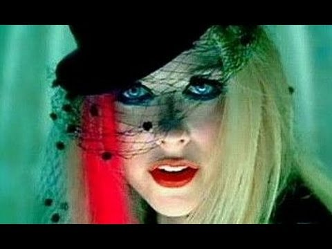 Look inspirado: Avril Lavigne ~VIDEOCLIP~ Hot