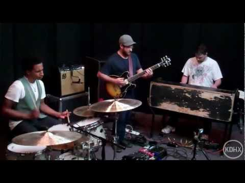 "Alan Evans Trio ""Authoritay"" Live at KDHX 5/5/12"