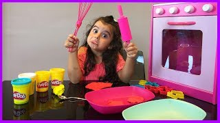 Oyun Hamurlarından Kurabiye Yaptık, Oyuncak Ahşap Mutfak Setinde Pişirdik l Kız Çocuk Oyunları