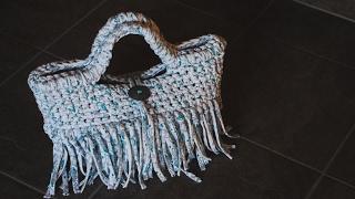 ズパゲッティ・Tシャツヤーンで編む人気のバッグ!編み方動画を紹介するよ☆