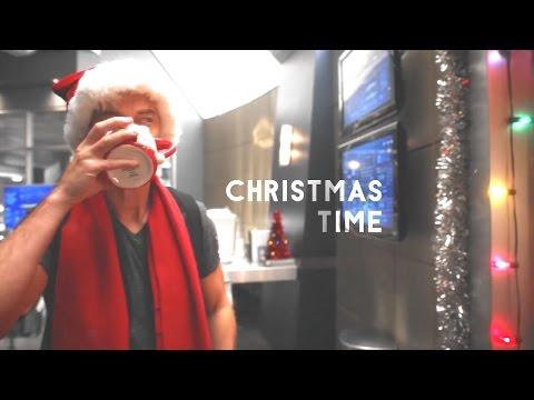 Christmas Time (The Flash)