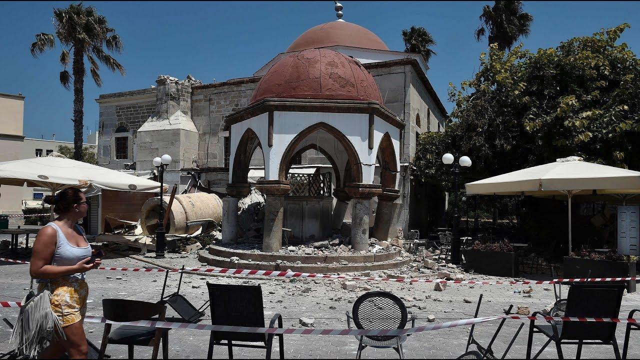 Tourists evacuate from quake-hit Kos