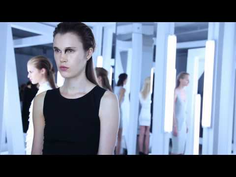 KIMBERLY OVITZ S/S 2011 FASHION SHOW – VIDEO BY XXXX MAGAZINE
