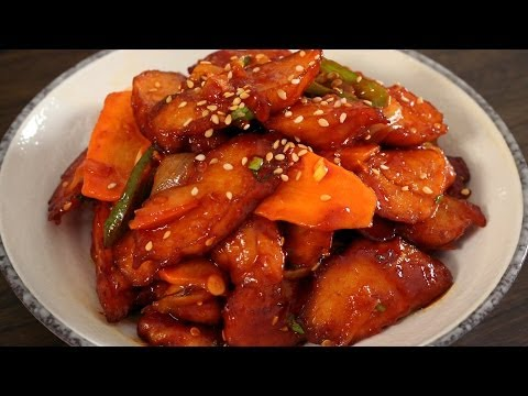 Spicy Stir-fried fish cakes (Eomuk-bokkeum: 어묵볶음)