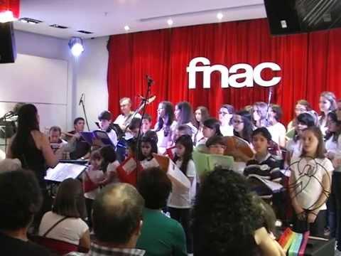 CANTAR A PAZ - Coro / Grupo Coral CONTIGO (Viseu / Torredeita)
