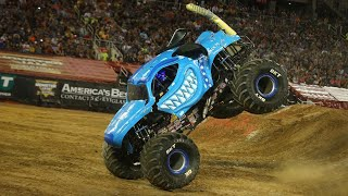 MONSTER JAM WORLD FINALS 20 FREESTYLE!! INSANE SAVES