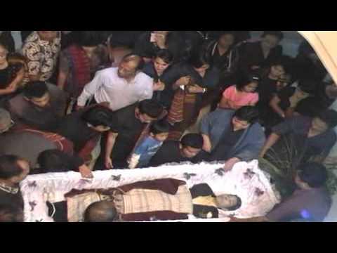 Prosesi & Acara Pemakaman Op. Thomas Doli M.W. Tambunan.FLV