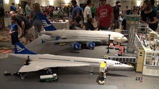 Giant LEGO Boeing airplanes – Brickfete Toronto 2015