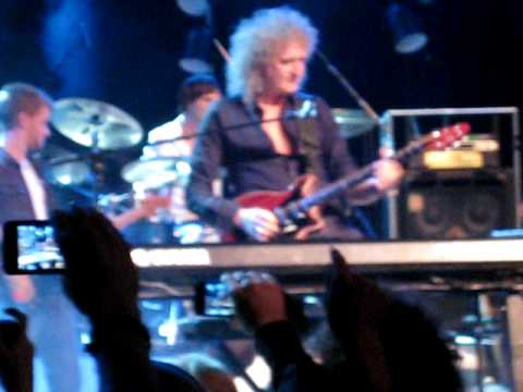 Brian May and Roel van Velzen - Tie your mother down