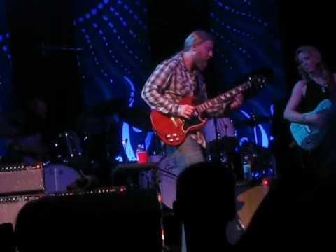 TTB - Derek Trucks Solo - Midnight in Harlem - 9/28/12