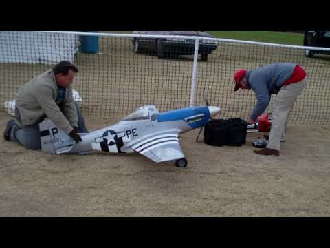 Huge rc P-51 crash landing