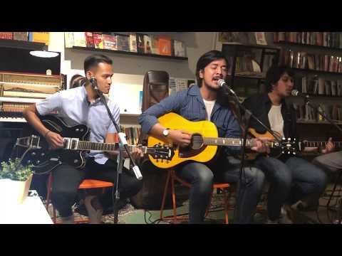 Download Bilal Indrajaya - Ruang Kecil Live at Kios Ojo Keos, Jakarta 27/12/2018 Mp4 baru