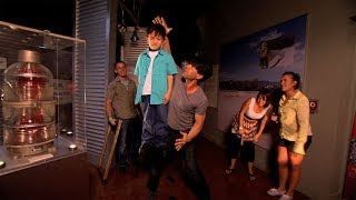Criss Angel BeLIEve: Criss Angel Electrifies a Kid (On Spike)