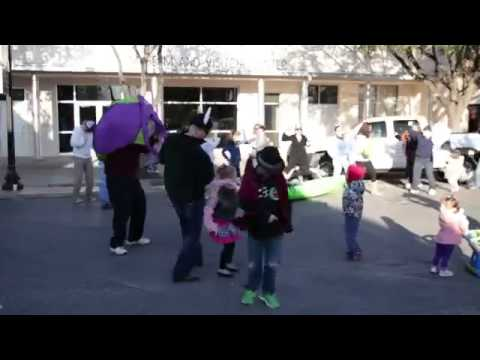 Harlem Shake on Main Street in Bastrop TX  #HarlemShake
