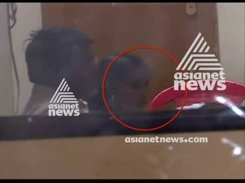 Anju, who attempted to enter Sabarimala, returned