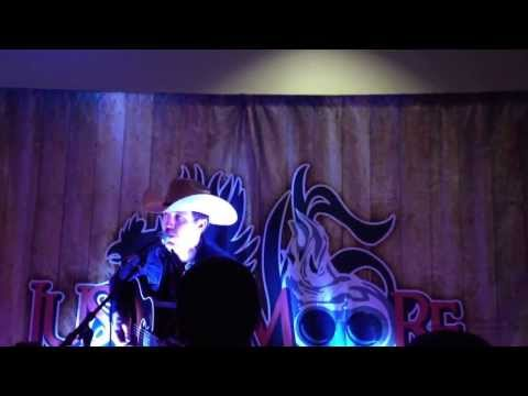 Justin Moore sings I'm a Dinosaur by Hank Williams Jr acoustic