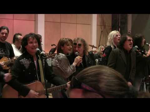 Összetartozunk - (Bojtorján) 13+ Rock előadókkal.
