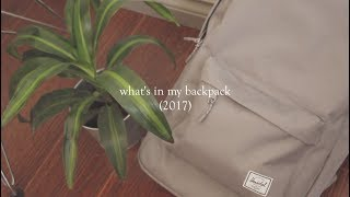 what's in my backpack! (2017)