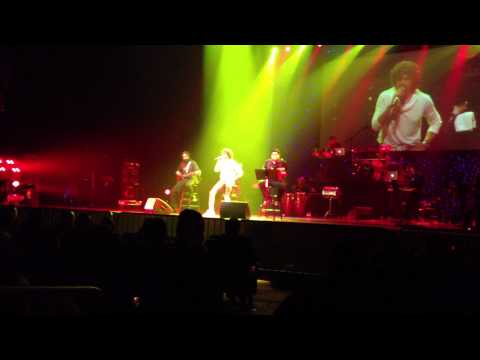 Sonu Nigam Singing Kishore Kumar Songs Concert video