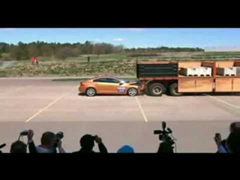 Volvo auto brake fails during demo!