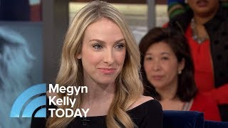 Download Song Woman Born With Unusual Birthmark Discovers She Is Her Own Twin | Megyn Kelly TODAY Free StafaMp3
