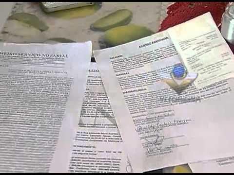 Mulher denuncia burocracia e não paga escritura da casa própria