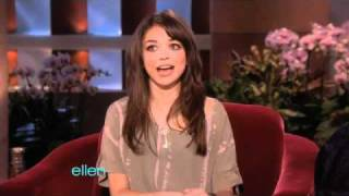 'Modern Family' Star Sarah Hyland Makes Her Talk Show Debut!