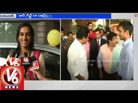 Telangana IT Minister KTR presented Ford cars to the Badminton players Sindhu and Kashyap