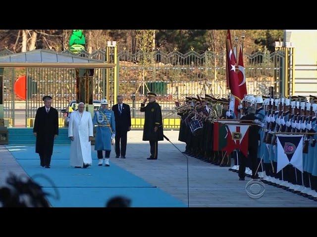 Pope Francis addresses Islamic terror groups in Turkey