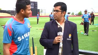 (না দেখলে মিস) Bangladesh cricket team members having fun distracting the journalist...