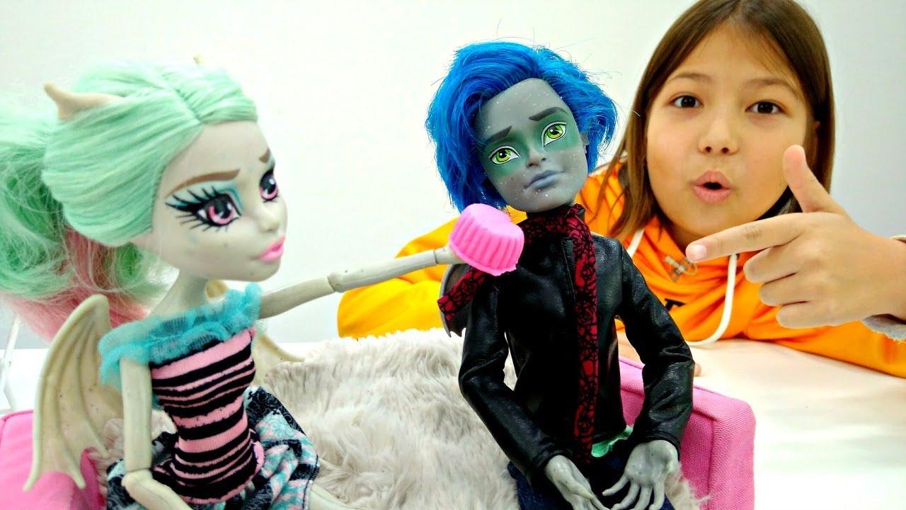 Монстер хай видео с куклами мастер класс