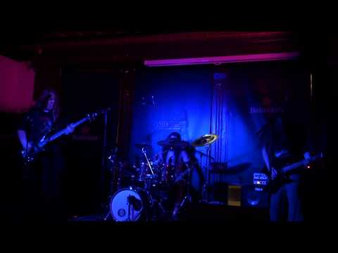 Shaman (Live @ The Pint 27/08/11)