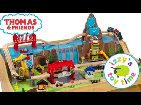 Thomas and Friends | Thomas Train and KidKraft Grand Central Station Play Table Toy Trains for Kids