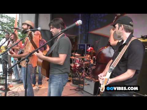 "Yarn and Dangermuffin Perform Grateful Dead's ""Franklin's Tower"" at Gathering of the Vibes 2012"