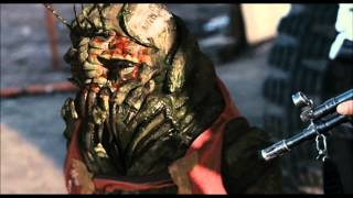 District 9-Final Fight Scene Part 1(HD)