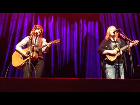 Indigo Girls - I Believe In Love