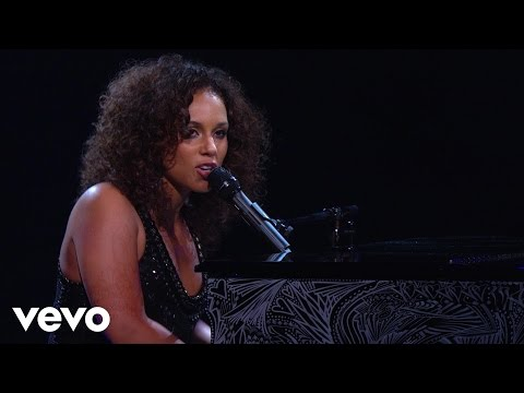 Alicia Keys - Piano & i