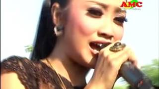 download lagu LILIN HERLINA - KERANDA CINTA - PALAPA gratis