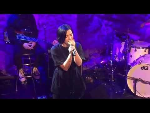 Demi Lovato - 'skyscraper' (live At Lovato Benefit Concert) video