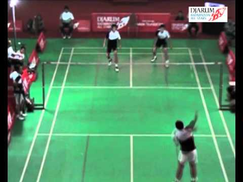 Sigitbudiarto lulukhadiyanto Vs Riansukmawan yonathansd (djarum Badminton All Stars 2011) video